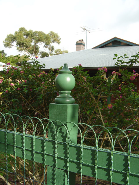 Windsor Fence Post Capitals 93 diameter