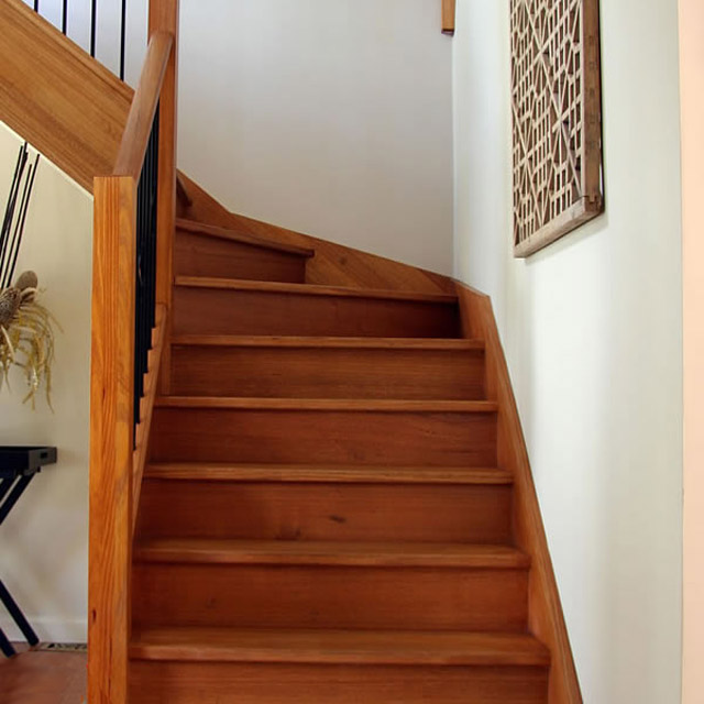 Plain Std Stair Posts 1520x90sq (Vic Ash)_2