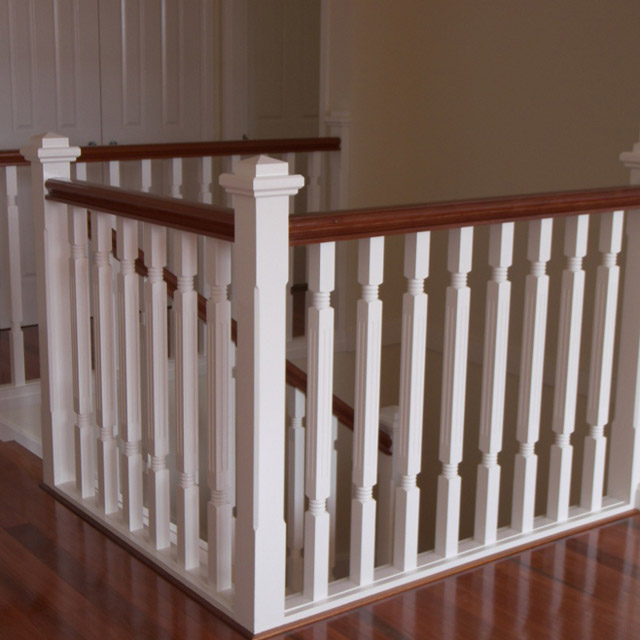 Ring with Flute Timber Balusters 1000x42sq (Pine)_3
