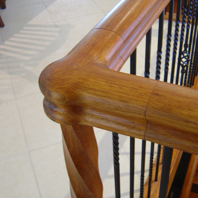 Heritage Handrail - 1/4 Turn with Post Cap (American Oak)_3