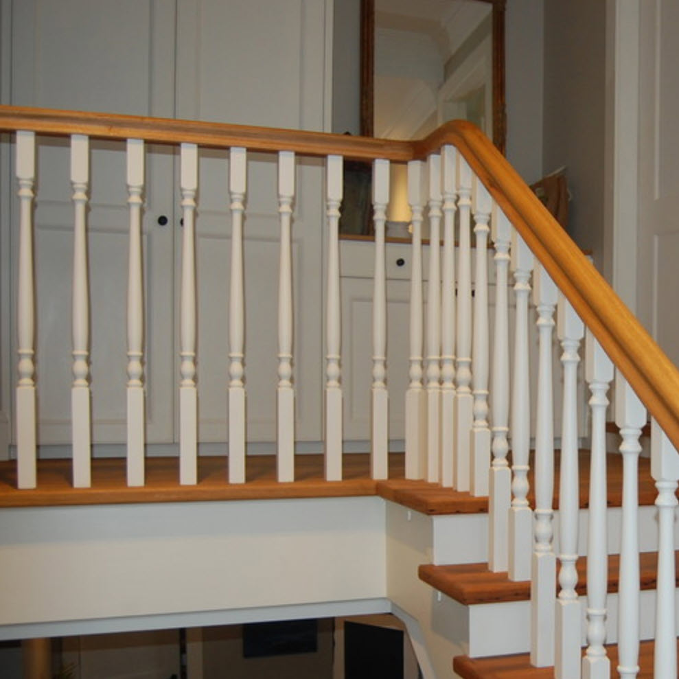 Tasman Turned Timber Balusters 1000x42sq (Pine)_3
