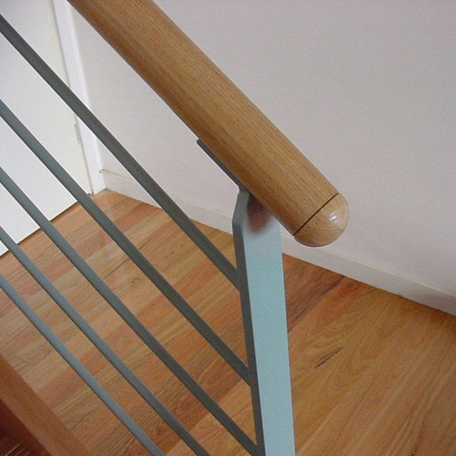how to make internal timber handrail
